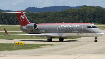 A picture of N8790A -  - [7790] - © Andy Egloff