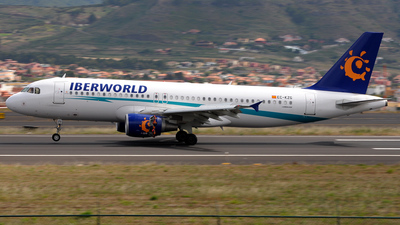 EC-KZG - Airbus A320-214 - Iberworld Airlines