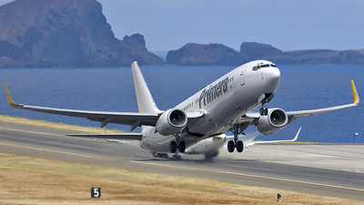 TF-JXH - Boeing 737-86N - JetX