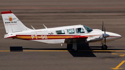 PT-IHI - Piper PA-34-200 Seneca - Born to Fly - Escola de Aviação Civil
