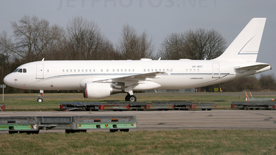 VP-BXT - Airbus A320-214 - National Air Services