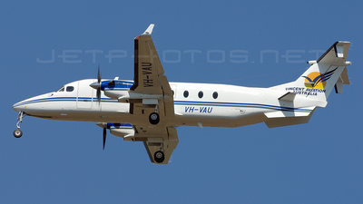 VH-VAU - Beech 1900D - Vincent Aviation