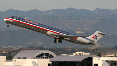 N983TW - McDonnell Douglas MD-83 - American Airlines