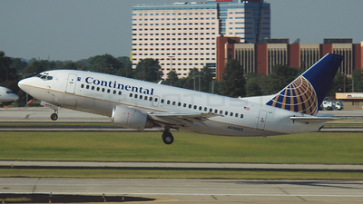 N13665 - Boeing 737-524 - Continental Airlines