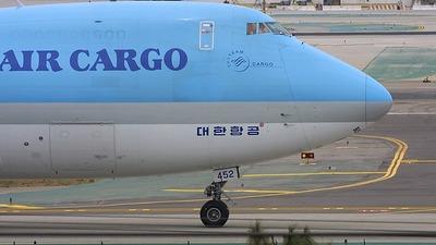 HL7452 - Boeing 747-2B5F(SCD) - Korean Air Cargo