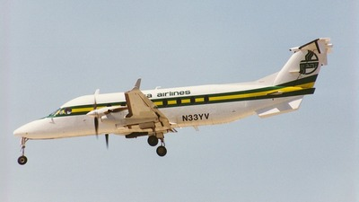 A picture of N33YV -  - [] - © Mark Durbin