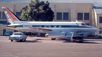 N220N - McDonnell Douglas MD-220 - McDonnell Douglas
