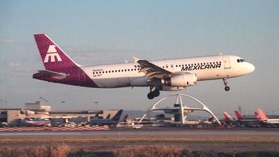 XA-RYT - Airbus A320-231 - Mexicana