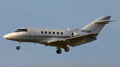 N700R - Raytheon Hawker 800XP - Private