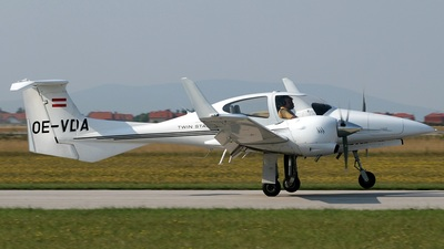 OE-VDA - Diamond DA-42 Twin Star - Diamond Aircraft