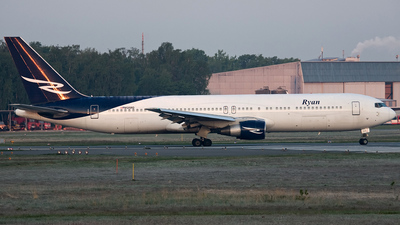 N125RD - Boeing 767-383(ER) - Ryan International Airlines