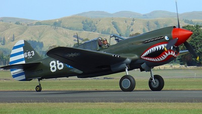 ZK-RMH - Curtiss P-40E Kittyhawk - Old Flying Machine Company