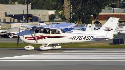 A picture of N764SP - Cessna 172S Skyhawk SP - [172S8697] - © Matt Wallman
