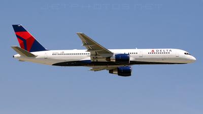 N638DL - Boeing 757-232 - Delta Air Lines