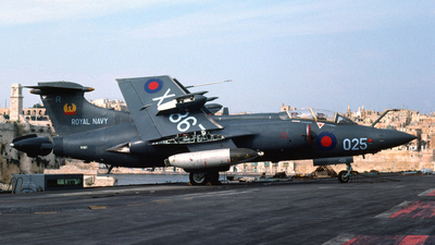 XV867 - Blackburn Buccaneer S.2B - United Kingdom - Royal Navy