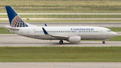 N14336 - Boeing 737-3T0 - Continental Airlines