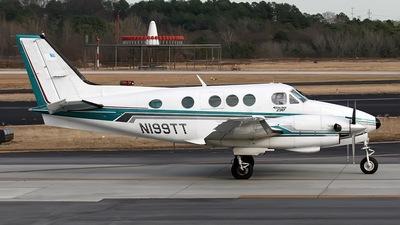 A picture of N199TT - Beech E90 King Air - [LW157] - © PeachAir