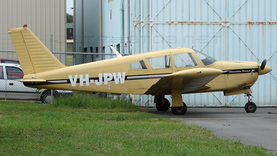 VH-JPW - Piper PA-28R-180 Cherokee Arrow  - Private