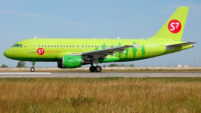VP-BHQ - Airbus A319-114 - S7 Airlines