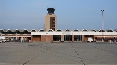 KMLU - Airport - Terminal