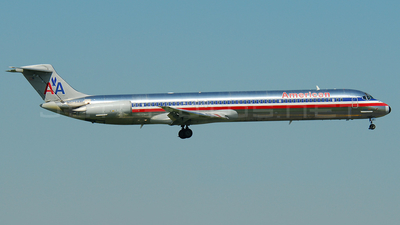 N575AM - McDonnell Douglas MD-82 - American Airlines