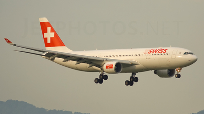 HB-IQP - Airbus A330-223 - Swiss