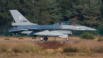 J-884 - General Dynamics F-16BM Fighting Falcon - Netherlands - Royal Air Force