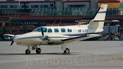 HB-LUV - Cessna T303 Crusader - Private