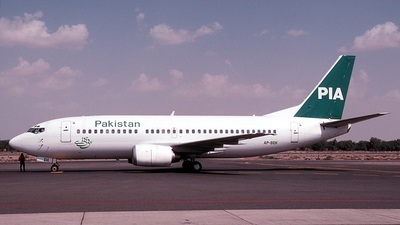 AP-BEH - Boeing 737-33A - Pakistan International Airlines (PIA)