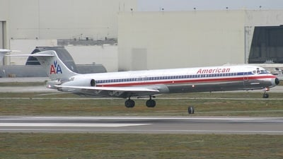N582AA - McDonnell Douglas MD-82 - American Airlines