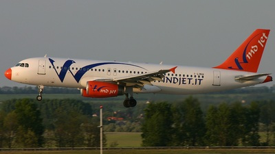 I-LINH - Airbus A320-231 - Wind Jet