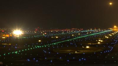 RJBB - Airport - Runway