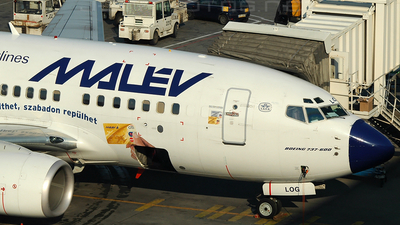 HA-LOG - Boeing 737-6Q8 - Malév Hungarian Airlines