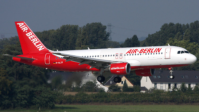 D-ALTF - Airbus A320-214 - Air Berlin (LTU)
