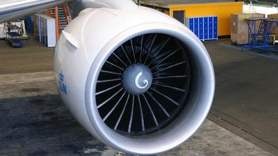 PH-BQF - Boeing 777-206(ER) - KLM Royal Dutch Airlines