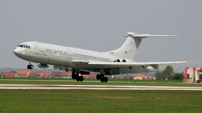 XV106 - Vickers VC-10 C.1K - United Kingdom - Royal Air Force (RAF)
