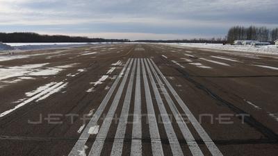 CEZ4 - Airport - Runway