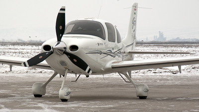 HA-CID - Cirrus SR22-GTS G3 Turbo - Private