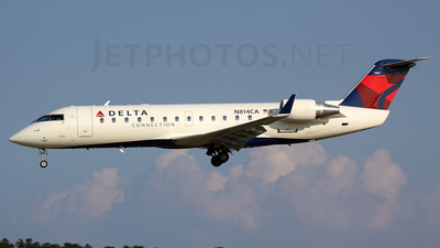 N814CA - Bombardier CRJ-100ER - Delta Connection (Comair)