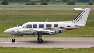 G-CITY - Piper PA-31-350 Navajo Chieftain - Woodgate Aviation