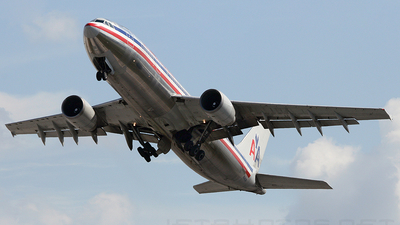 N34078 - Airbus A300B4-605R - American Airlines