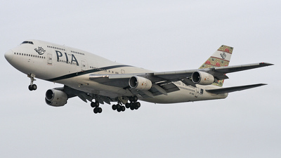AP-BGG - Boeing 747-367 - Pakistan International Airlines (PIA)