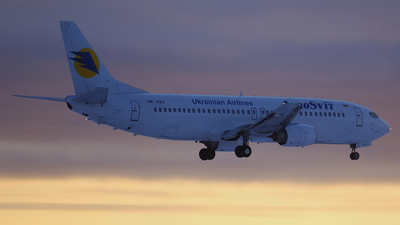 UR-VVJ - Boeing 737-448 - AeroSvit Ukrainian Airlines
