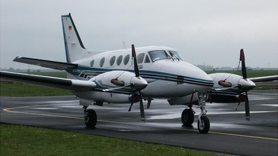 D-IIWB - Beechcraft 90 King Air - ACH Hamburg
