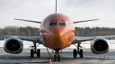 OO-TNK - Boeing 737-301(SF) - TNT Airways