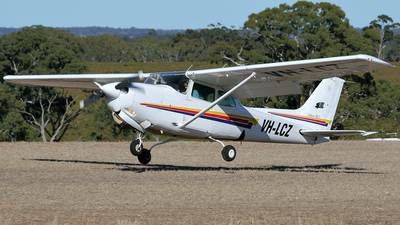 VH-LCZ - Cessna 172RG Cutlass RG - Private