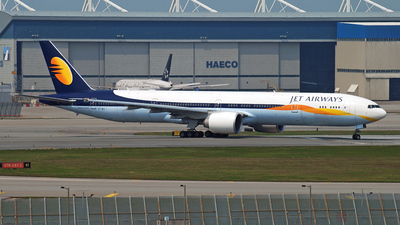 VT-JEJ - Boeing 777-35RER - Jet Airways