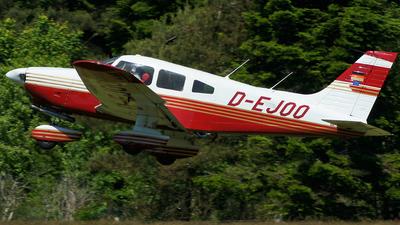 D-EJOO - Piper PA-28-181 Archer II - Private
