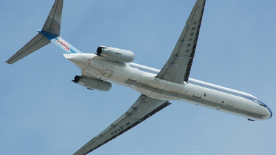 B-2145 - McDonnell Douglas MD-82 - China Southern Airlines