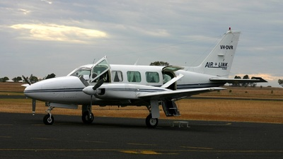 VH-DVR - Piper PA-31-350 Navajo Chieftain - Air Link